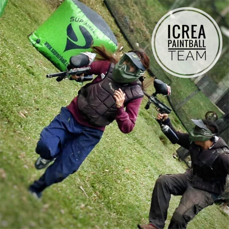 iCrea Team Building - Alfonso Mora y Lilibeth Orozco defendiendo al equipo Rojo